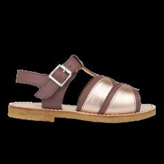 Åben sandal med spændelukning