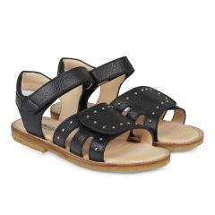 Sandal med velcro og nitter
