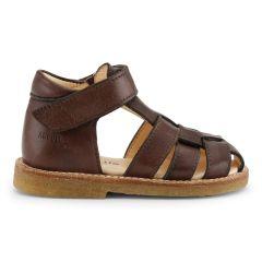Begynder sandal med velcrolukning